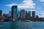 Blick von der Oper auf die Skyline am Hafen - Sydney