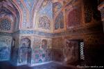Aufwendige Verzierungen in der Vorhalle des Mausoleums - Akbars Thomb