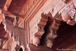 Kleine Kunstwerke am Jahangiri Mahal - Red Fort