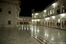 Teil der Tempelanlage bei Nacht
