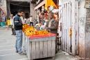 Verkaufsstand für Blumenketten