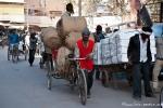 Händler transportieren ihre Waren