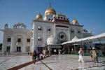 Gurudwara Bangla Sahib - Ein Sikh-Tempel mit den charakteristischen goldenen Kuppeln