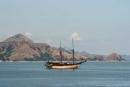 Segelboot im Hafen