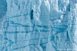 Eisstrukturen - die blauen Streifen enthalten besonders wenig Luft