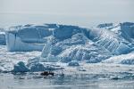 Riesige Eisberge warten darauf, in die Diskobucht getrieben zu werden