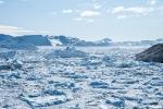 Uraltes Gletschereis treibt im Kangia-Fjord