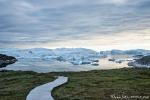 Ein extra angelegter Steg führt zu den Aussichtspunkten am Eisfjord
