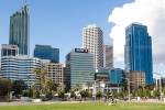 Am Elizabeth Quay in Perth
