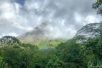 Der Vulkan Arenal zeigt sich kurz