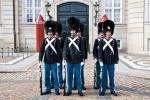Wachablösung der Palastwache - Schloss Amalienborg; Kopenhagen