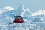 Nach einem Abbruch ist die ganze Bucht voller Eisberge