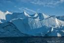 Riesige Eisberge stauen sich an der Diskobucht