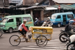 Großstadtverkehr in Surabaya
