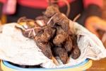 Gegrillte Ratten gelten als besondere Spezialität