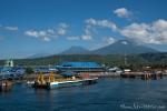 Von Gilimanuk aus setzen wir mit der Fähre nach Bali über