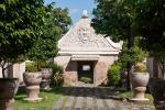 Eingangsportal zum Wasserschloss Taman Sari. Die Fratze soll die bösen Geister vertreiben.