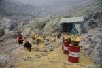Schwefelarbeiter im Ijen-Vulkan