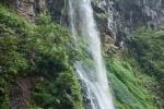 Wasserfall Air Terjun im Gunung Gede NP