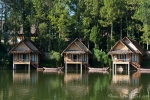 Traditionelle Pfahlhäuser