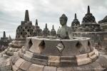 Diese offenen Stupas mit Buddhafiguren sind einfach nur faszinierend