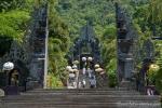 Der Tempel im Norden Balis wird stark frequentiert - Pulaki Tempel