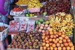 Der regionale Markt bietet eine Vielzahl exotischer Früchte