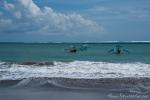 Fischerboote am Strand von Kuta