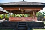 Im Tempel Pura Beji
