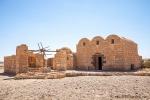 Wüstenschloss Qusair Amra, wahrscheinlich erbaut von dem umayyadischen Prinzen al-Walid ibn Yazid, dem späteren Kalifen al-Walid II
