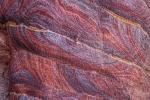 Farbenprächtiger Stein
