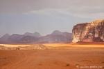 Es regnet im Wadi Rum und sofort kommen Sturzbäche von den Felsen