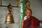 Mönch in der Kyaukhtatgyi Pagode