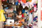 Nähstube im Bogyoke Aung San Markt (Scott Markt)