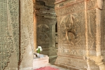 Säulen im Nanpaya Tempel