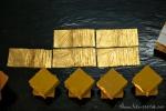 Hauchdünn geklopftes Gold - Blattgoldwerkstatt King Galon Gold Leaf Workshop