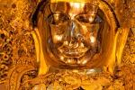 Mit Gold und Edelsteinen bestückter Buddha - Mahamuni Pagode