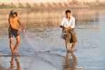 Fischer an der U-Bein Bridge