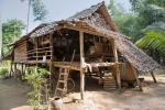 Im Dorf Lakkhana