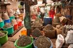 Verschiedene Fischpasten auf dem Markt in Bago