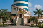 Turm auf dem Gelände des National Races Villages
