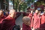 Essenszeit im Mahagandayon Kloster