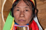 Frau aus dem Stamm der Kayan (Padaung); auch Giraffenhalsfrau