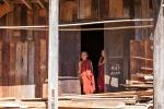 Junge Mönche in Tha Kaung