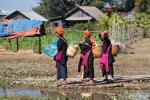 Pa-O-Frauen nach dem Markt von Sagaing