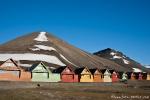 Bunte Holzhäuser gegen lange Winter - Longyearbyen