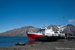 Die Nordsyssel im Hafen von Longyearbyen