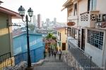 """Hier oben wird jede Menge geboten - """"Cerro Santa Ana"""" in Guayaquil"""