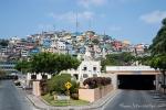 Jeder Hügel der Stadt ist bis zur Kuppe dicht bebaut - Guayaquil