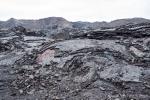 Man kann noch sehen, dass die Lava ganz langsam und in Schichten geflossen ist